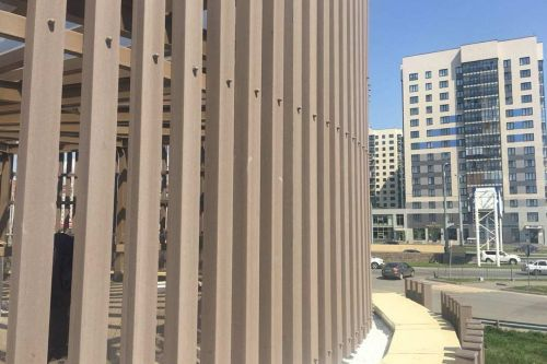 отделка фасада брусом ДПК